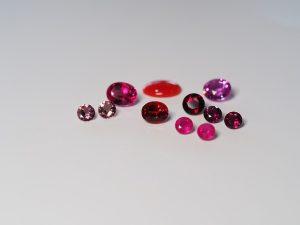 赤色の宝石